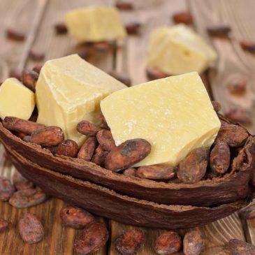 Zakaj morate imeti doma kakavovo maslo?